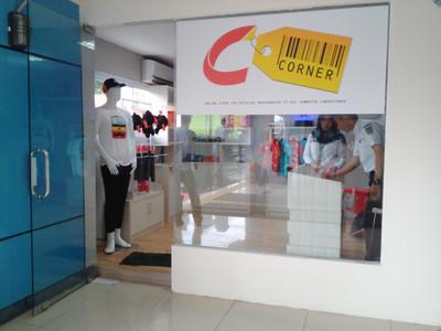 Ccorner02